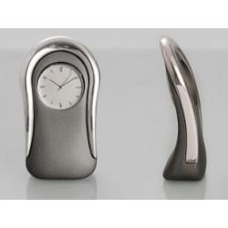 Premium metal body table clock