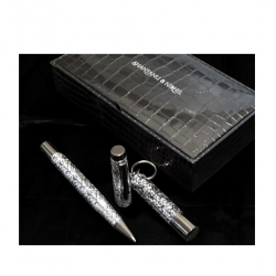 Shantanu Nikhil USB pen drive and Baroque roller pen gift set